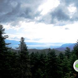 θέα προς την κοιλάδα του Σπερχειού και τον Μαλιακό κόλπο